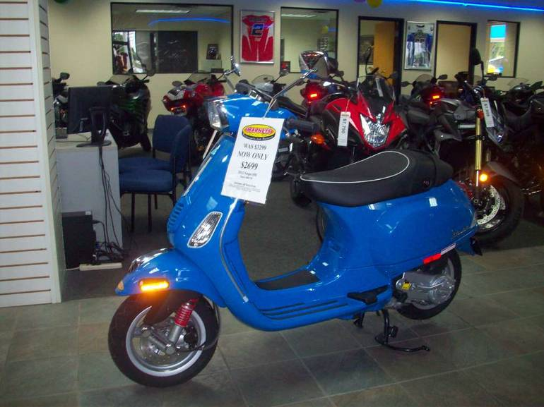 See more photos for this Vespa S 50 4V, 2012 motorcycle listing