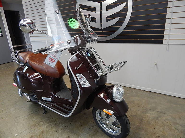See more photos for this Vespa GTV 300 IE, 2013 motorcycle listing