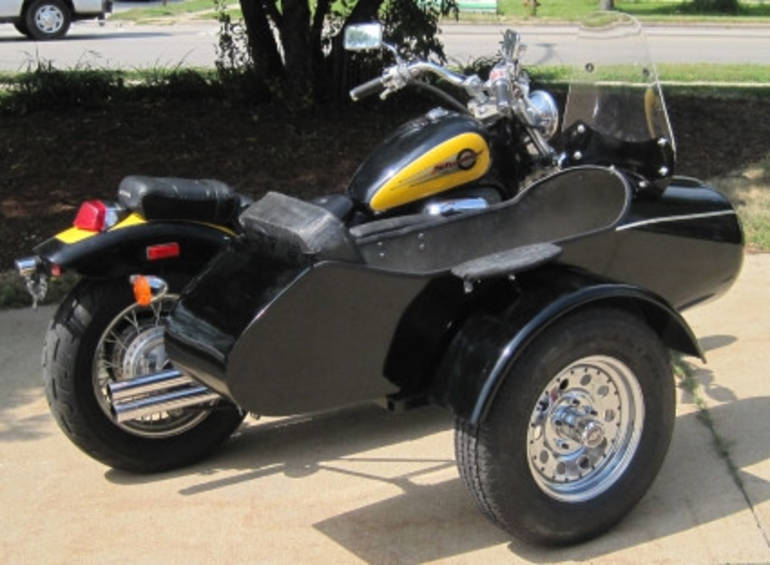 See more photos for this Gsi Classical RocketTeer Motorcycle Sidecar Kit - Can-Am, 2014 motorcycle listing