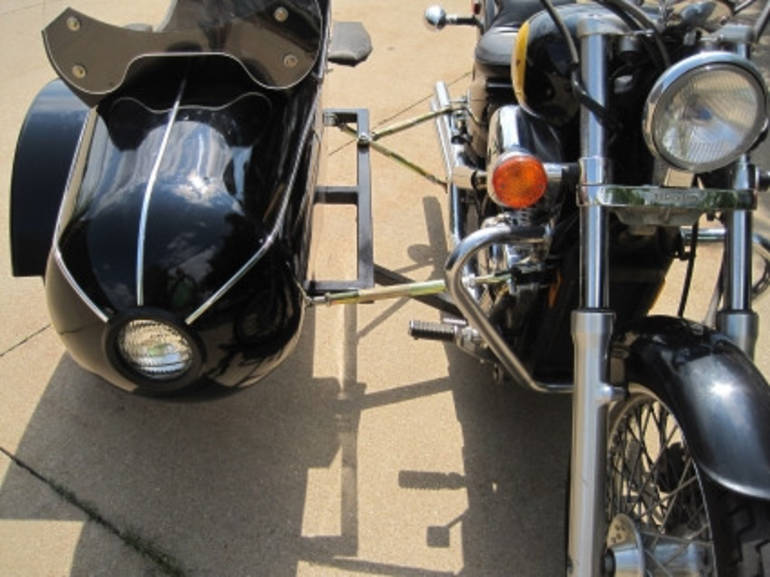 See more photos for this Gsi Classical RocketTeer Motorcycle Sidecar Kit - Suzuki, 2014 motorcycle listing