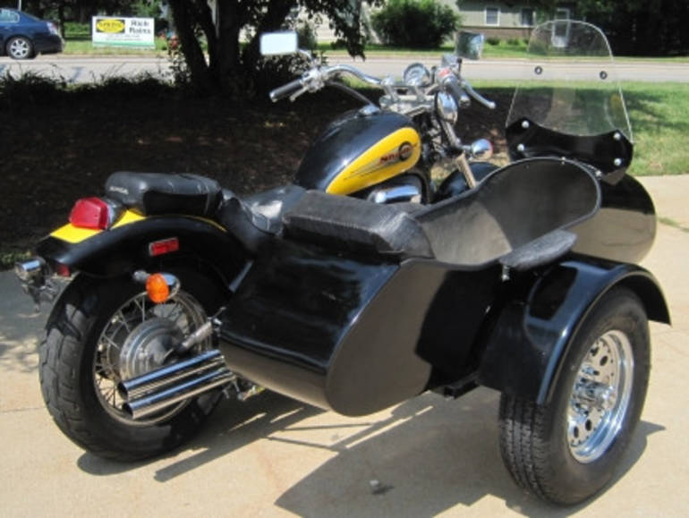 See more photos for this Gsi Standard RocketTeer Motorcycle Sidecar Kit - BMW, 2014 motorcycle listing