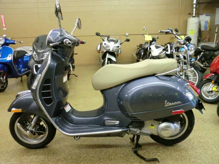 See more photos for this Vespa GTS 300 i.e. ABS, 2015 motorcycle listing