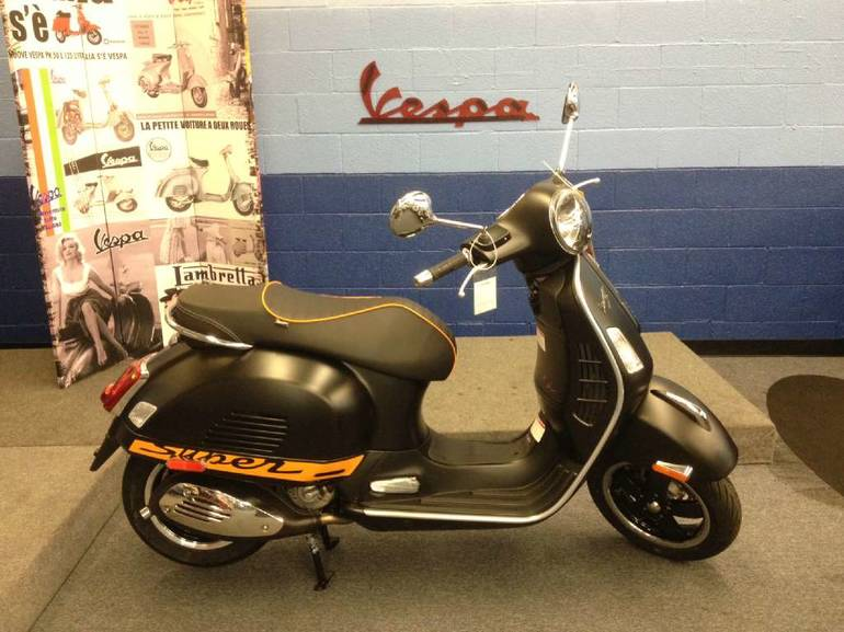 See more photos for this Vespa GTS 300 i.e. Super Sport SE ABS, 2015 motorcycle listing