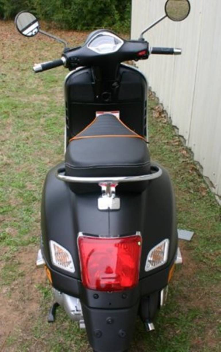 See more photos for this Vespa GTS 300 Super Sport, 2015 motorcycle listing