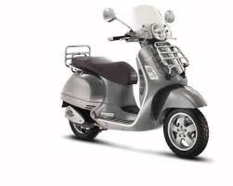 See more photos for this Vespa GTV300, 2015 motorcycle listing