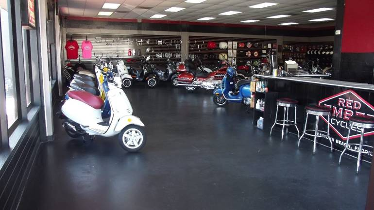 See more photos for this Vespa SPRINT, 2015 motorcycle listing