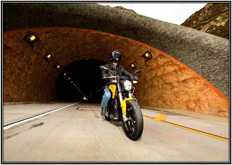 See more photos for this Zero Motorcycles S ZF9.4, 2015 motorcycle listing