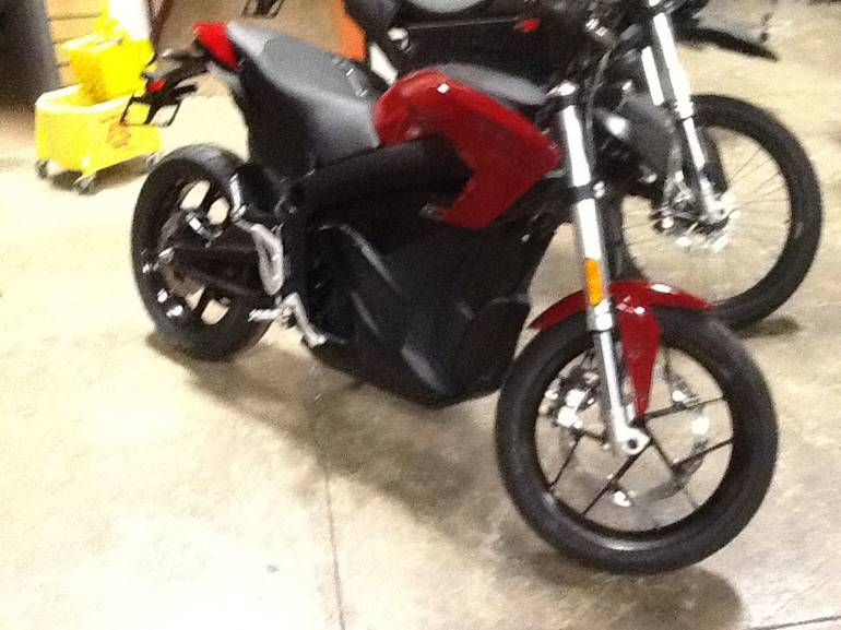 See more photos for this Zero Motorcycles Zero SR Max Performance, 2015 motorcycle listing