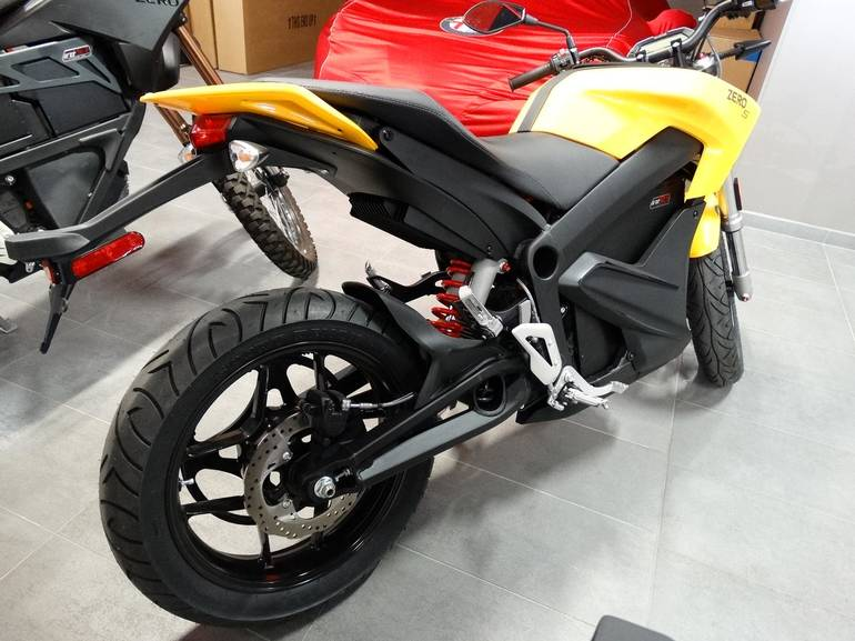 See more photos for this Zero Zero S ZF12.5, 2015 motorcycle listing