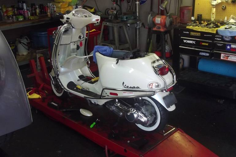 See more photos for this Vespa GTV 300, 2016 motorcycle listing