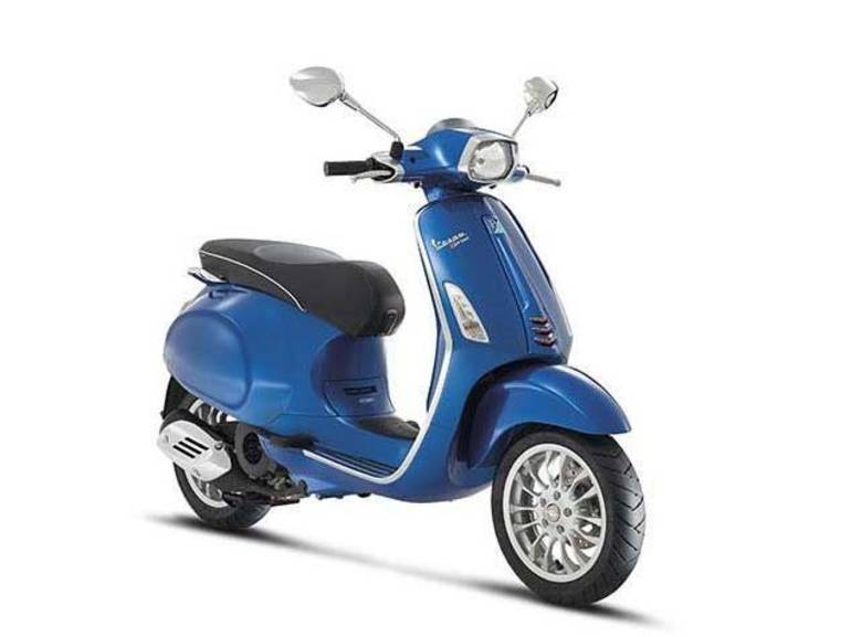 See more photos for this Vespa Sprint 150 ABS Blu Gaiola, 2016 motorcycle listing