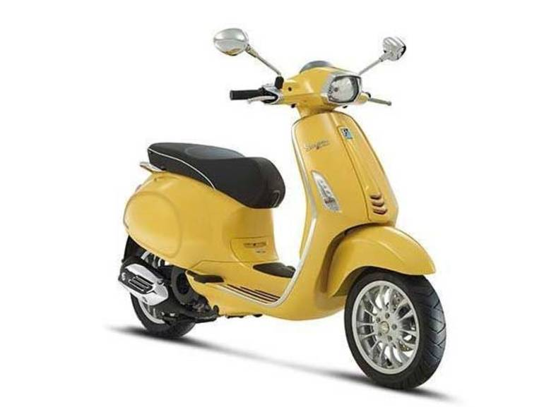 See more photos for this Vespa Sprint 150 ABS Giallo Positano, 2016 motorcycle listing