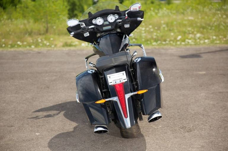 See more photos for this Victory Cross Country, 2010 motorcycle listing