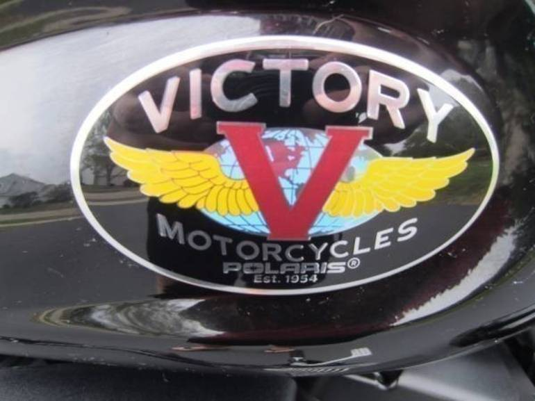 See more photos for this Victory Kingpin 8-ball Custom, 2010 motorcycle listing