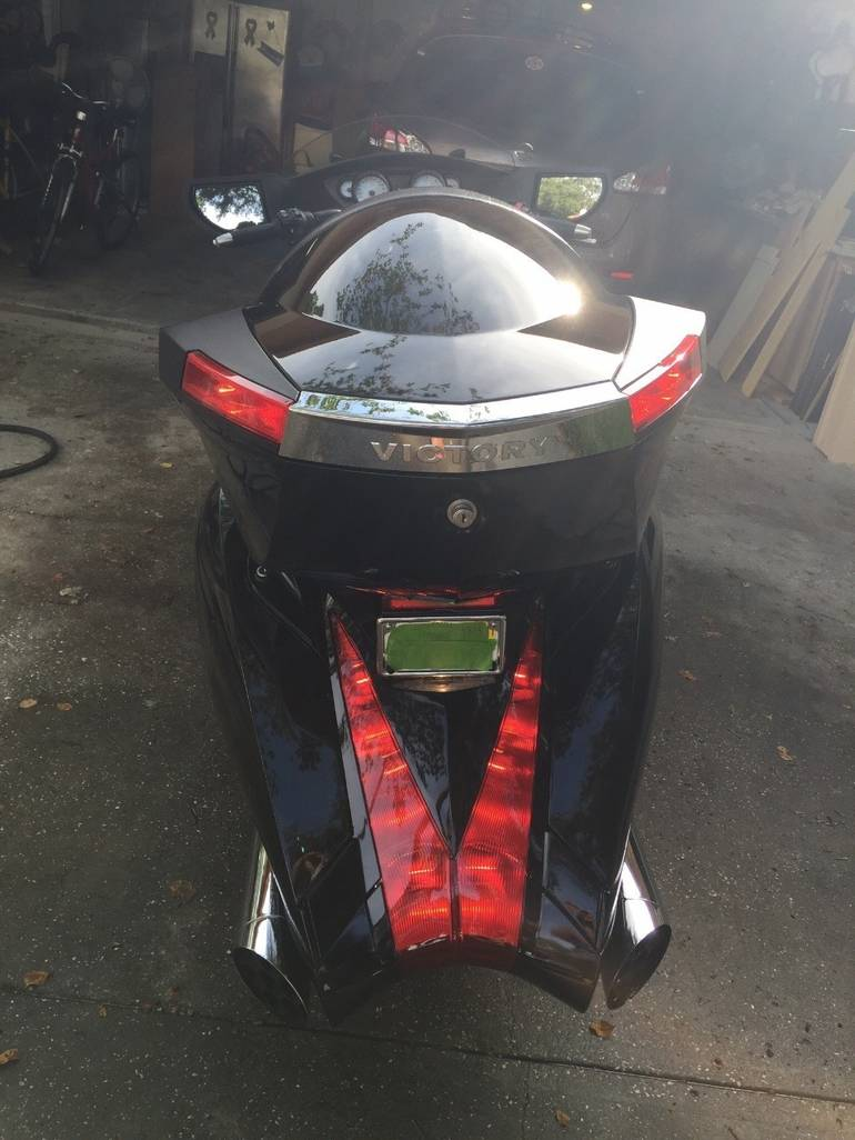 See more photos for this Victory Vision 8-BALL, 2010 motorcycle listing