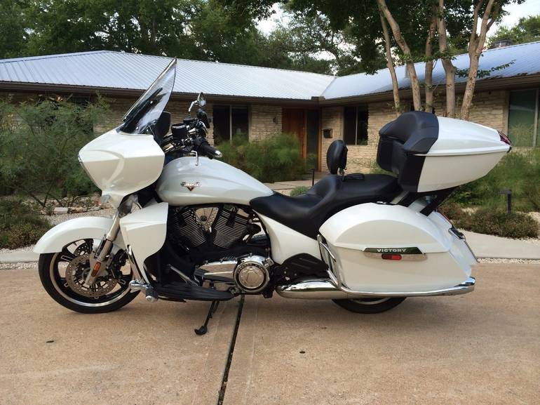 See more photos for this Victory Cross Country TOUR, 2012 motorcycle listing