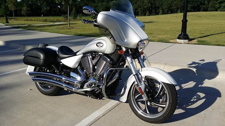 See more photos for this Victory Kingpin CUSTOM, 2012 motorcycle listing