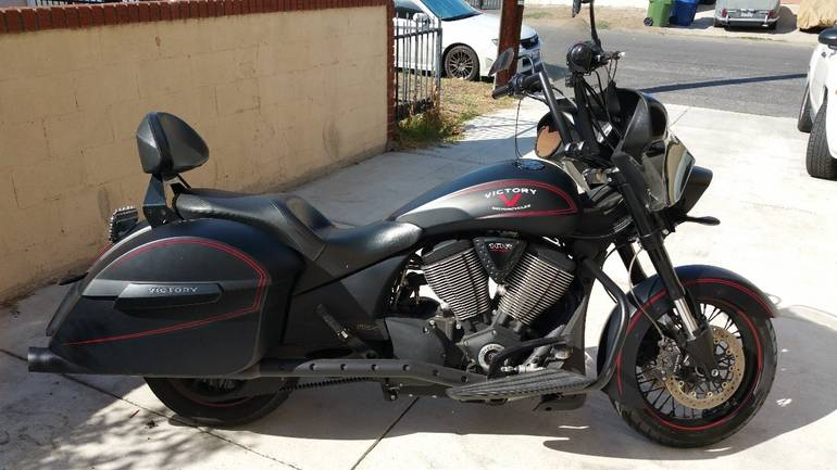 See more photos for this Victory Hard-Ball , 2013 motorcycle listing