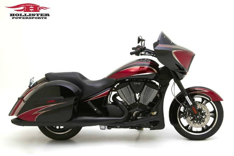 See more photos for this Victory Cross Country, 2015 motorcycle listing