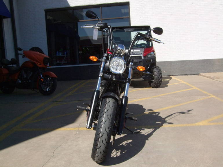 See more photos for this Victory High-Ball Suede Black with Silver Pinstr, 2015 motorcycle listing