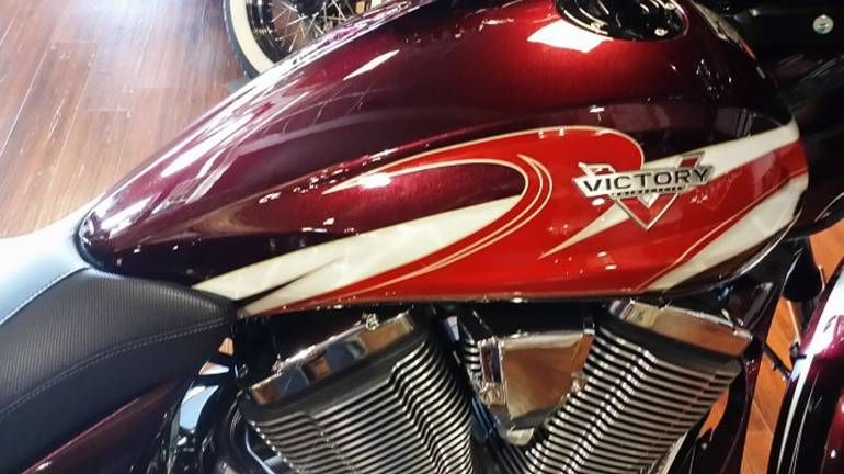 See more photos for this Victory Magnum Ness Midnight Cherry, 2015 motorcycle listing