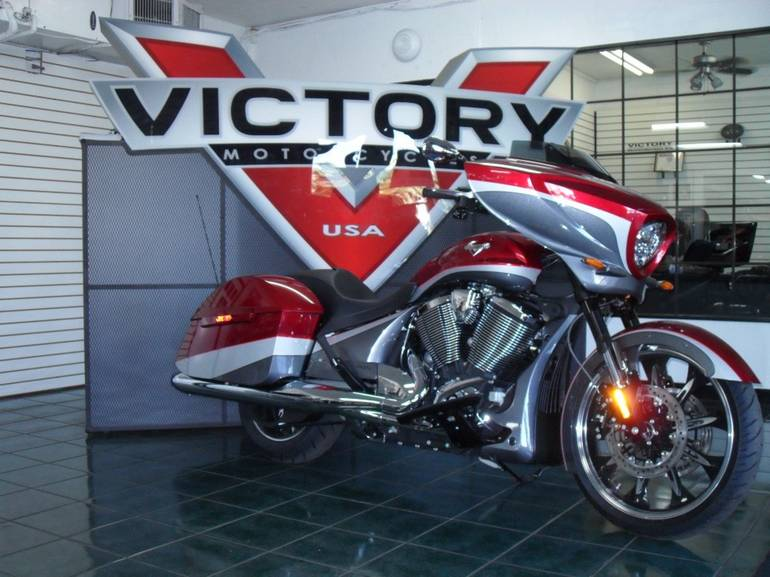 See more photos for this Victory Magnum™, 2015 motorcycle listing