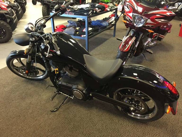 See more photos for this Victory Vegas 8-Ball, 2015 motorcycle listing