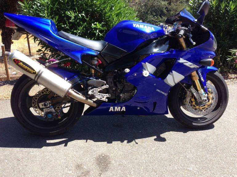 See more photos for this Yamaha Yzf R1, 1999 motorcycle listing