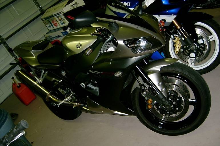 See more photos for this Yamaha Yzf R1, 2002 motorcycle listing