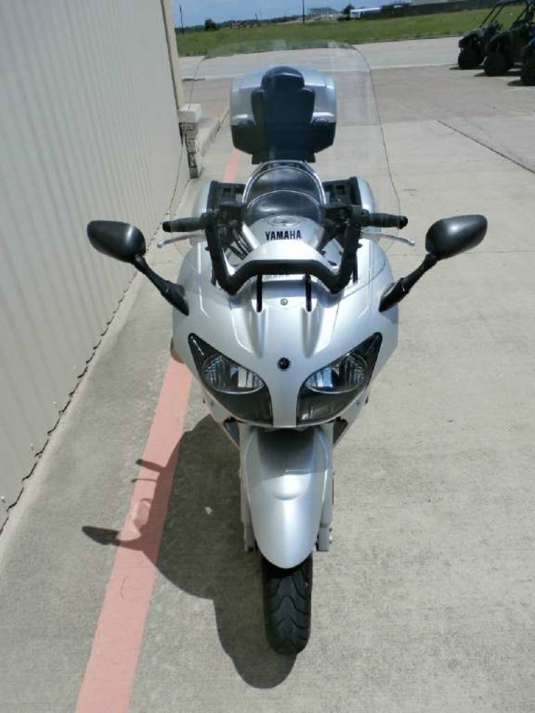 See more photos for this Yamaha FJR1300, 2003 motorcycle listing