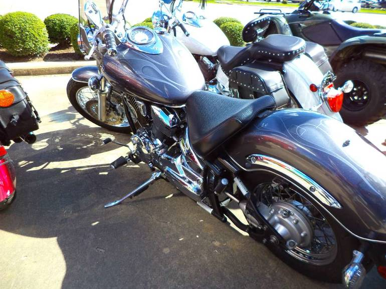 See more photos for this Yamaha V Star 1100 Custom, 2005 motorcycle listing