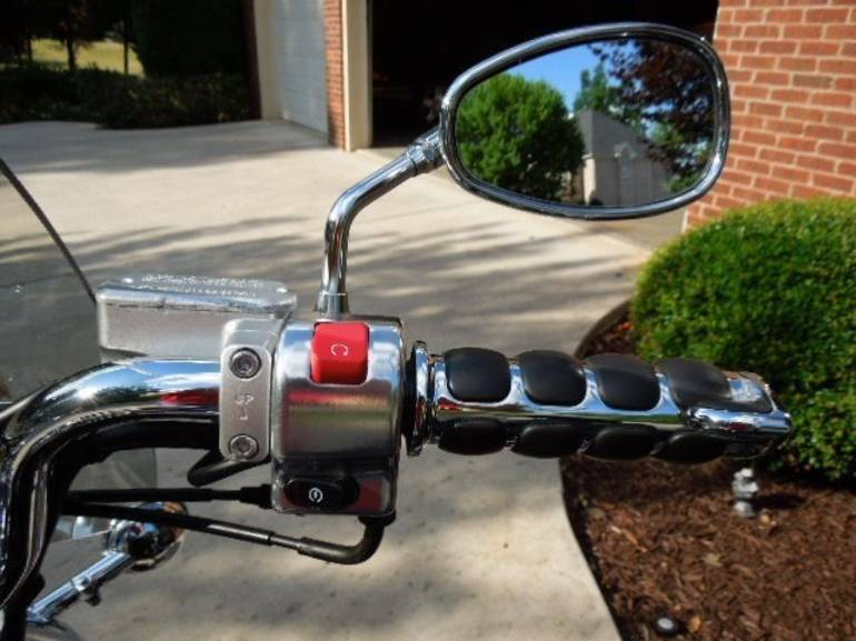 See more photos for this Yamaha V Star 650 CLASSIC, 2005 motorcycle listing