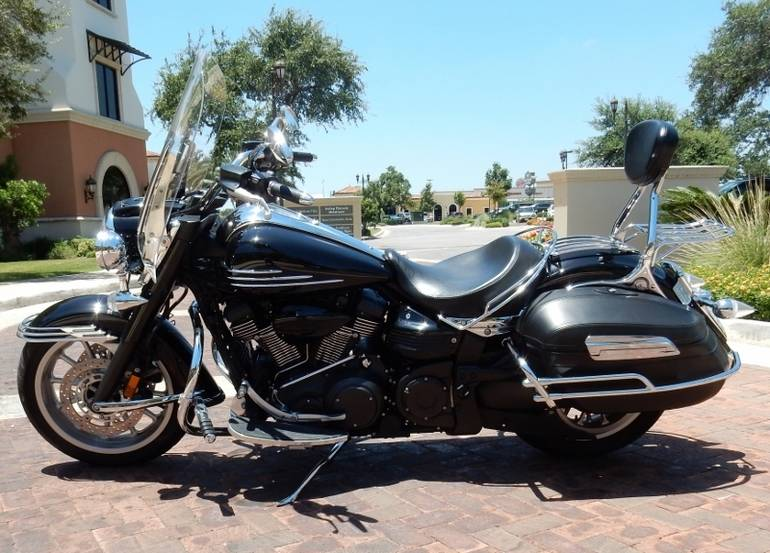 See more photos for this Yamaha Roadliner MIDNIGHT, 2006 motorcycle listing