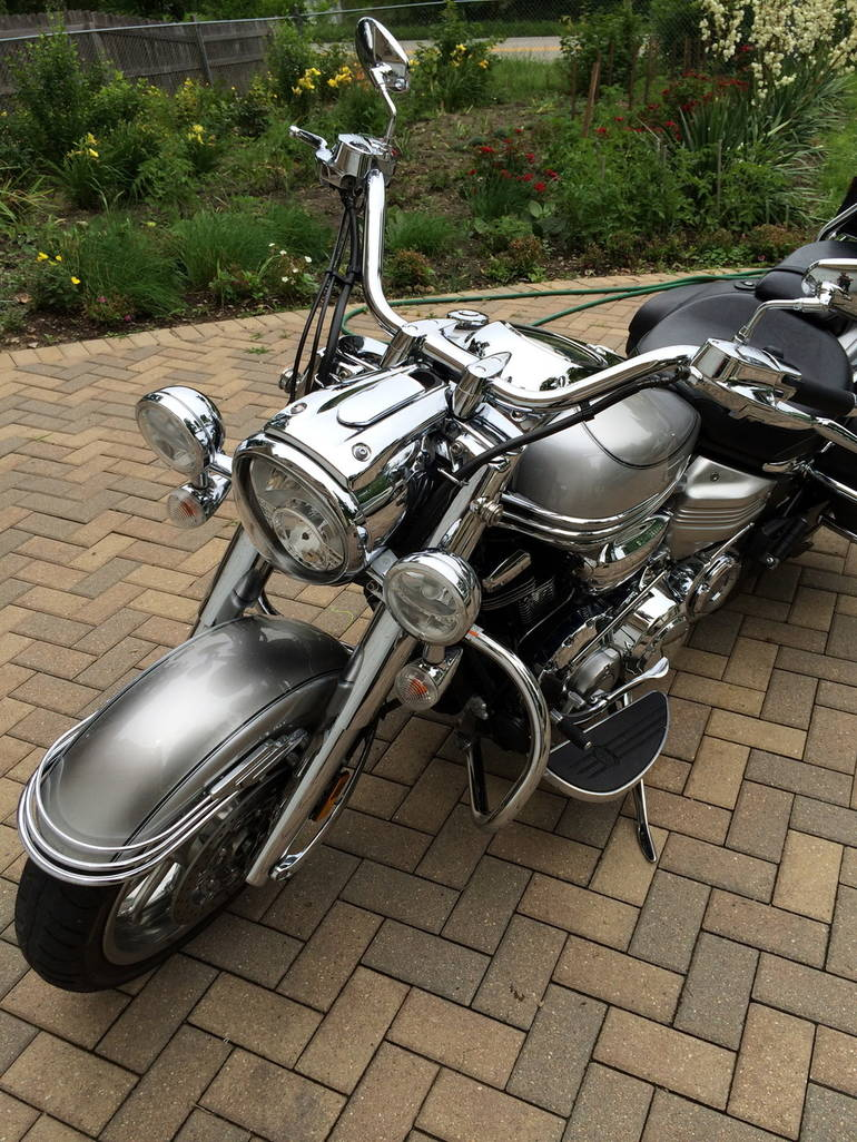 See more photos for this Yamaha Stratoliner S, 2006 motorcycle listing