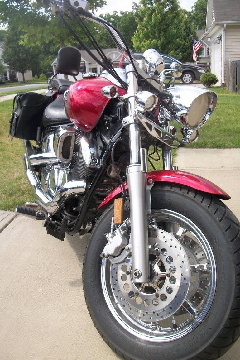 See more photos for this Yamaha V Star 1100 CUSTOM, 2006 motorcycle listing