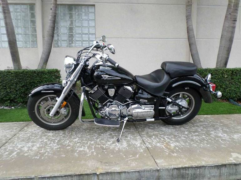 See more photos for this Yamaha V Star 1100 Classic, 2006 motorcycle listing