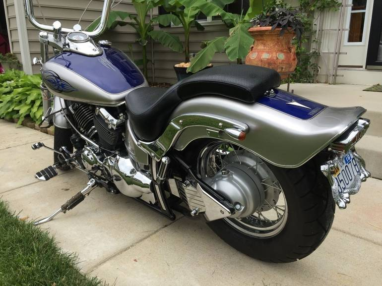 See more photos for this Yamaha V Star CUSTOM, 2006 motorcycle listing