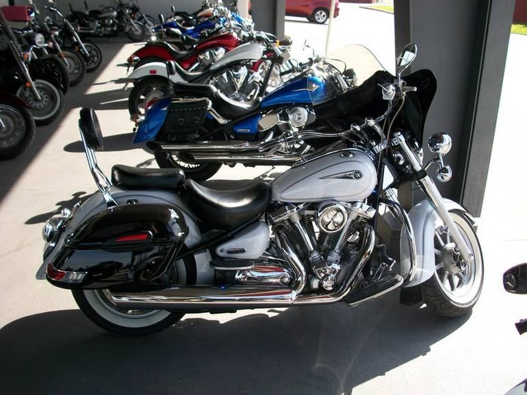 See more photos for this Yamaha V Star Classic, 2006 motorcycle listing