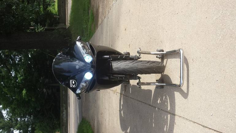 See more photos for this Yamaha Yzf R1, 2006 motorcycle listing