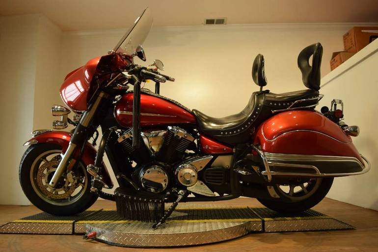 See more photos for this Yamaha V Star 1300, 2007 motorcycle listing