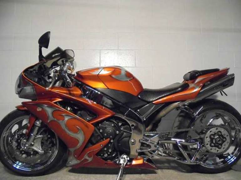 See more photos for this Yamaha YZFR1, 2007 motorcycle listing