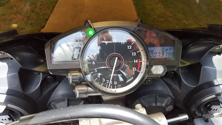 See more photos for this Yamaha Yzf R1, 2007 motorcycle listing