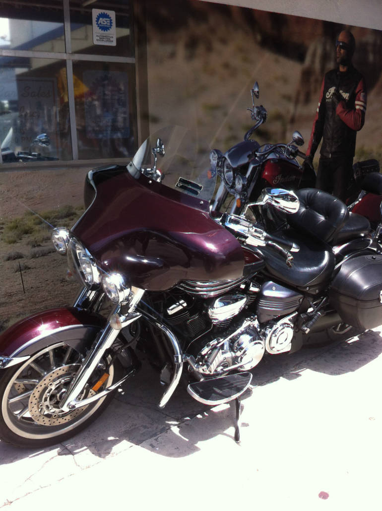 See more photos for this Yamaha STRATOLINER, 2008 motorcycle listing