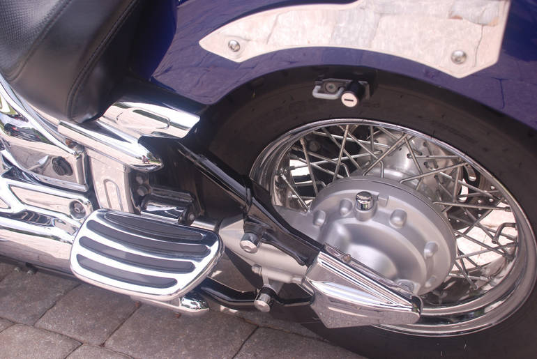 See more photos for this Yamaha V Star 1100 CUSTOM, 2008 motorcycle listing