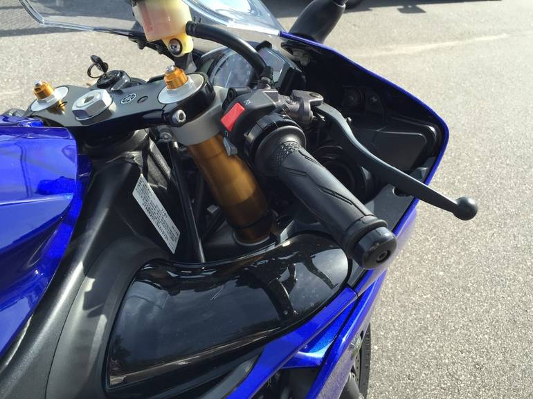See more photos for this Yamaha Yzf R1, 2008 motorcycle listing