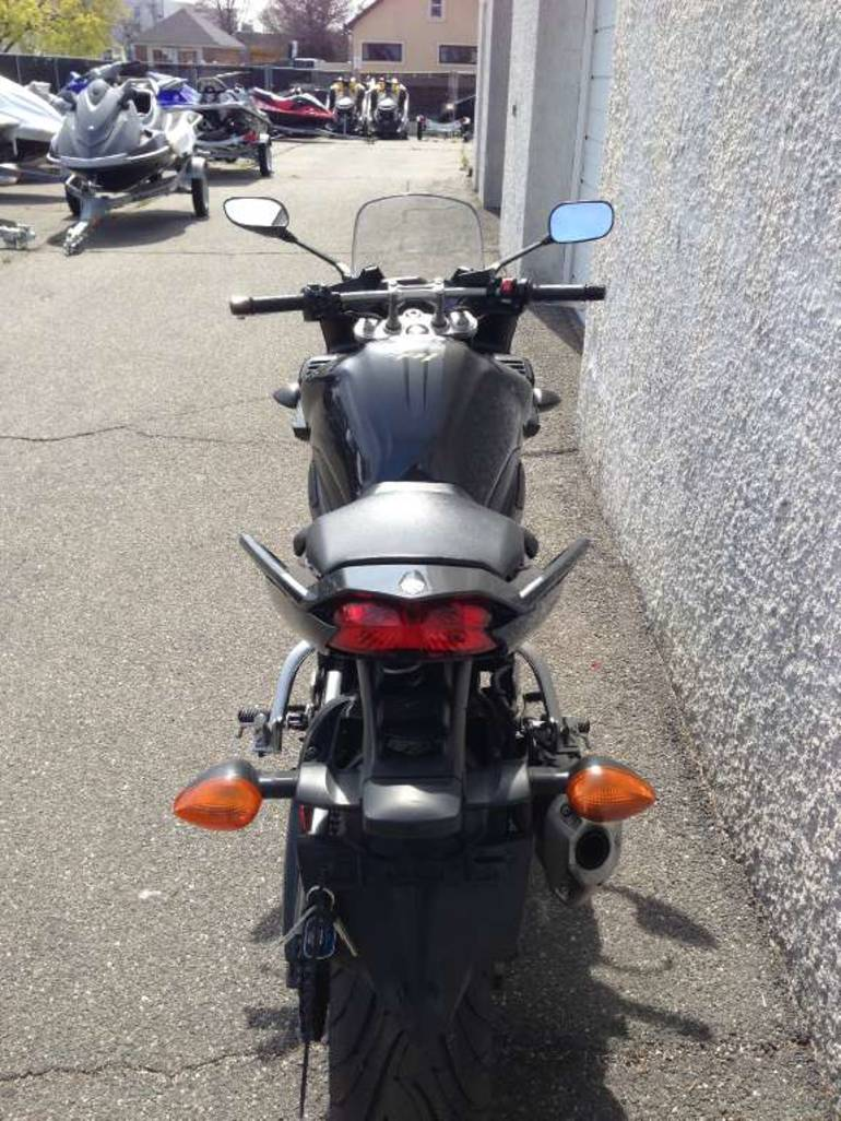See more photos for this Yamaha FZ1, 2009 motorcycle listing