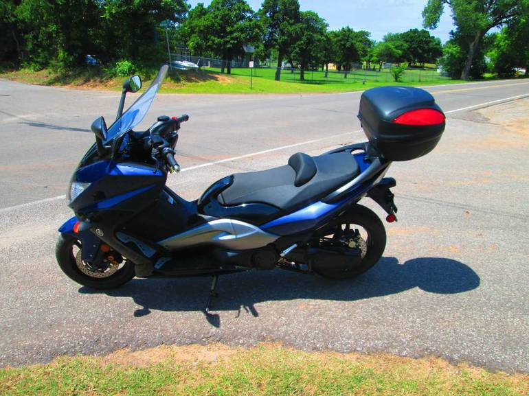 See more photos for this Yamaha TMAX, 2009 motorcycle listing