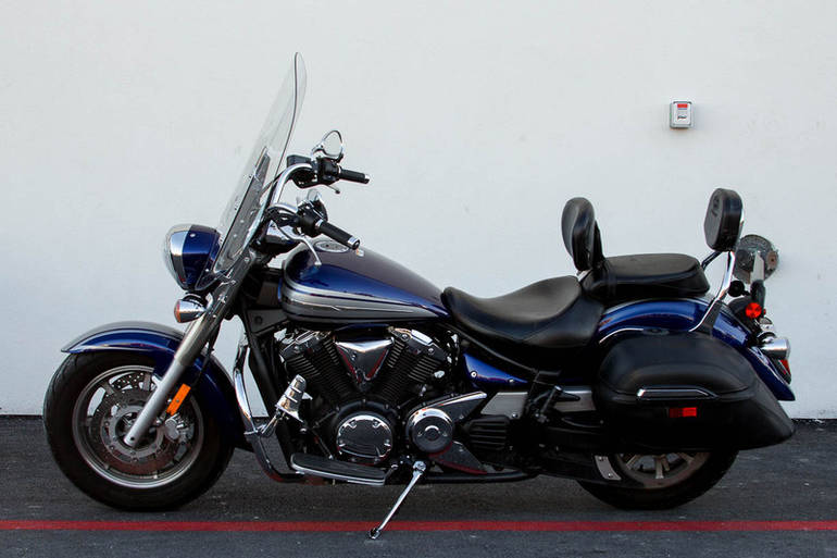 See more photos for this Yamaha V Star 1300, 2009 motorcycle listing