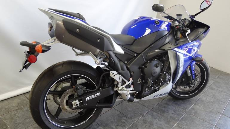 See more photos for this Yamaha R1, 2011 motorcycle listing