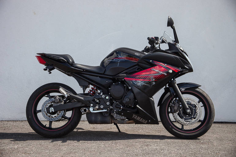 See more photos for this Yamaha FZ6R, 2012 motorcycle listing